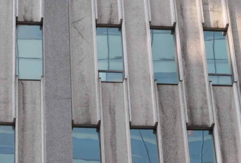 Detail of precast curtain wall