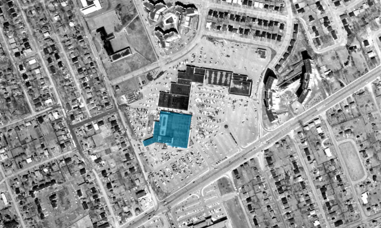 Carlingwood Shopping Centre in 1965 with the Sears store highlighted in blue - geoOttawa