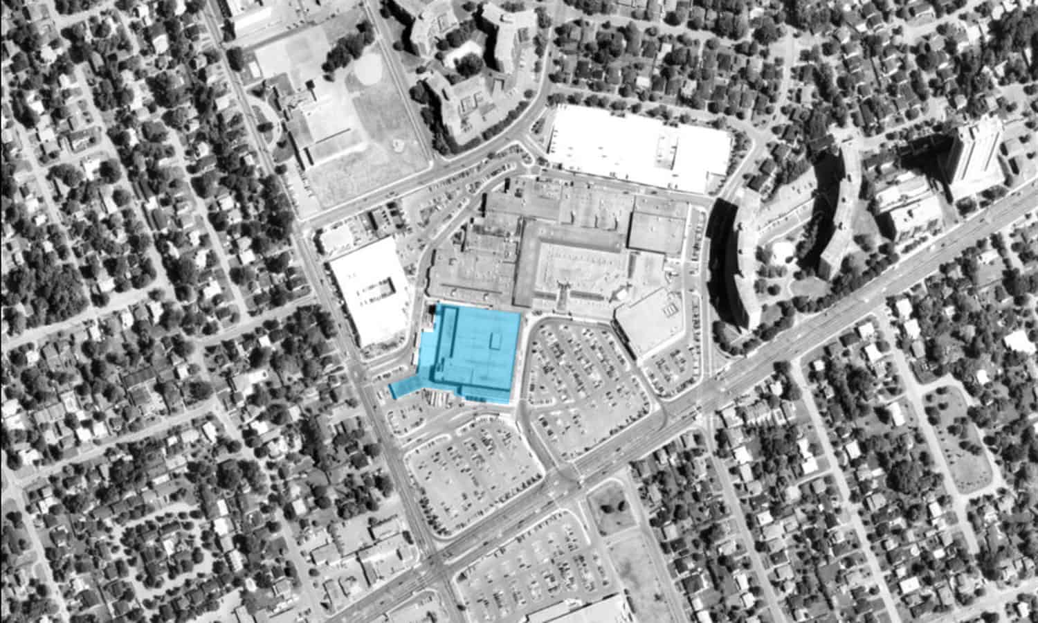 Carlingwood Shopping Centre in 1991 with the Sears store highlighted in blue - geoOttawa